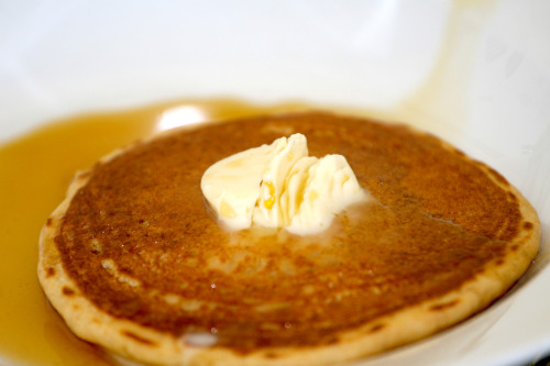 ALOHA PANCAKES This is a recipe for a Vegan version of Banana Macadamia Nut Pancakes – which are very common here in Hawaii. Serve hot off the griddle with Vegan butter and real coconut syrup - not the artificially flavored substitute. CLICK ON PIC FOR RECIPE