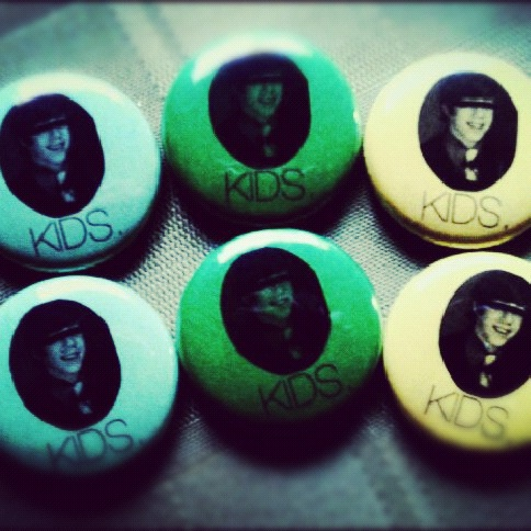 New KIDS buttonz!
