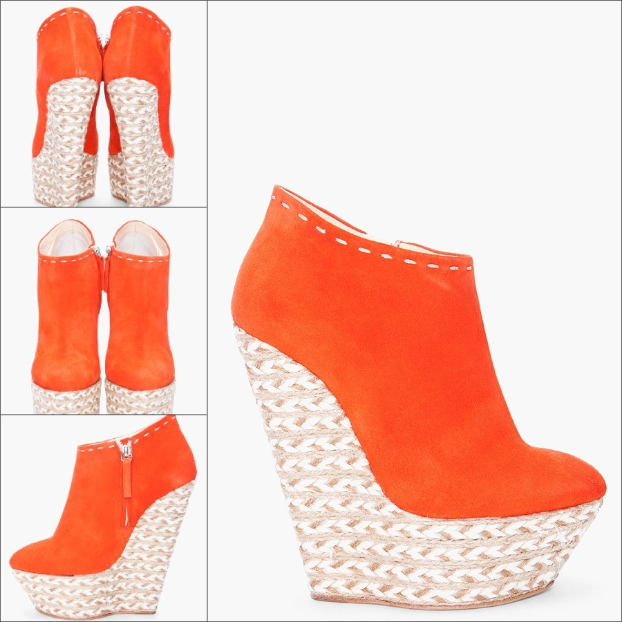billidollarbaby:   Giuseppe Zanotti Orange Suede Wedges ($895)  no words to describe this