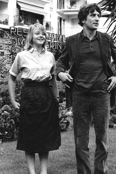 Jodie Foster and Robert De Niro in Taxi Driver (1976)