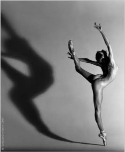 So perfect. (via DancinPhotos: Howard Schatz)