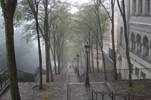 Can we go back soon @joefaul?  (via allthingseurope / Montmartre on a rainy day by Julie70)