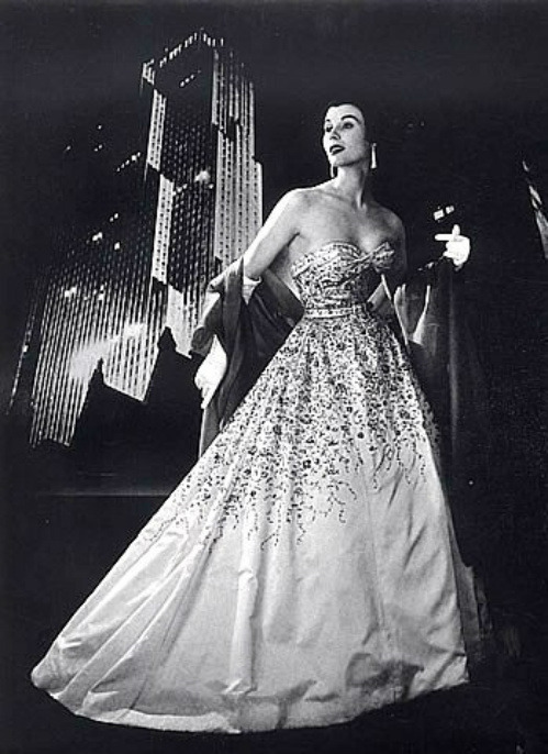 Myrtle Crawford in evening gown by Pierre Balmain, photo by Pottier, 1953
