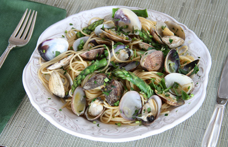 "Clams are farmed in an environmentally responsible way and are on the Seafood Watch ""Best Choices"" list. Our food editor, Kristine Kidd, shows you how a big bowl of pasta, studded with fresh asparagus and delicate clams, makes a satisfying early spring supper."