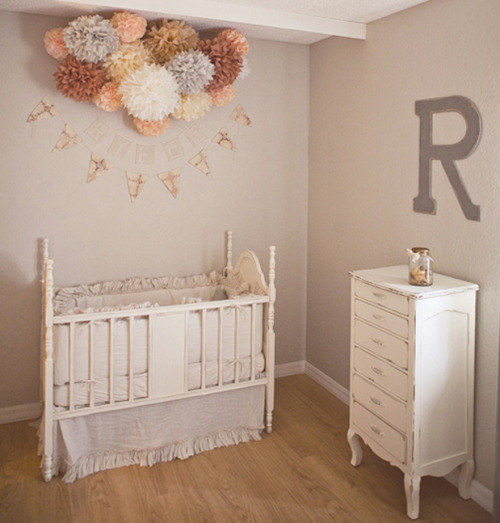 (via Rylee's Nursery | Grey Likes Baby)
