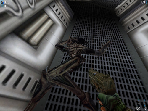 The only good bug is a dead bug! via Wargame Dork: Aliens vs Predator 2 on the PC!