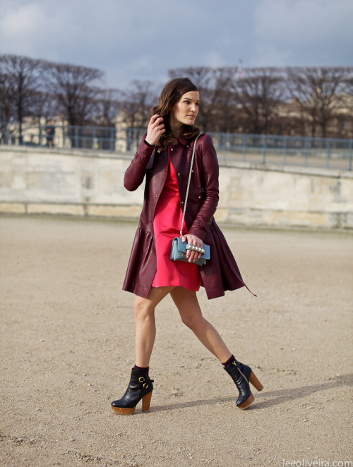 what-do-i-wear:  Jardin des Tuileries…Hanneli Mustaparta (image: leeoliveira)