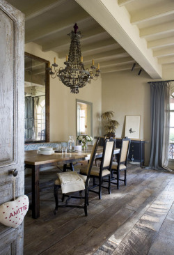 "georgianadesign:  Sophisticated ""farmhouse"" dining room. Via Kris Helmick and Brunch at Saks."