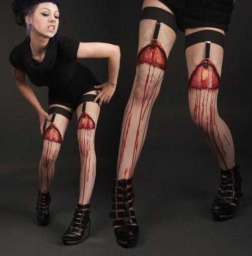 2boys1girl:  Zombie Pantyhose