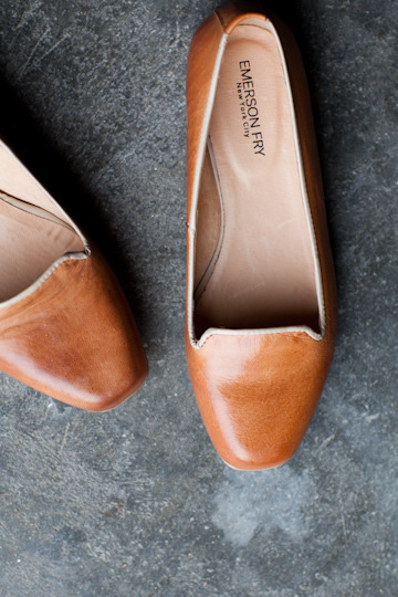 thatkindofwoman:  graceyu:  Paulo Loafer - Nude | Emerson Fry I must have these.   gaaaah.