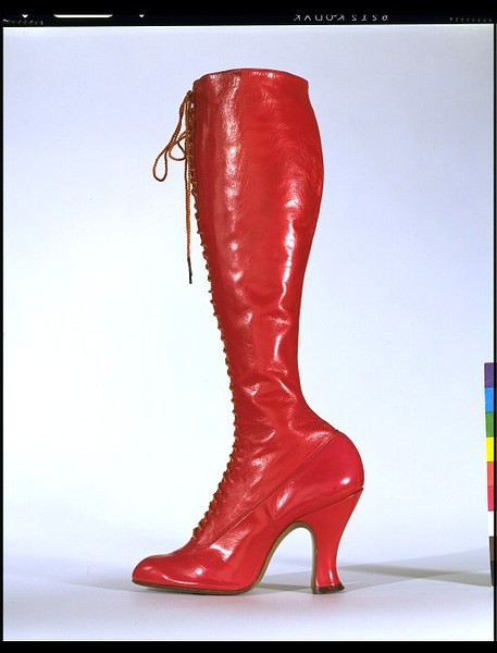 Boots (fetish?), 1895-1915 Belgium (made for a London store), the V&A Museum