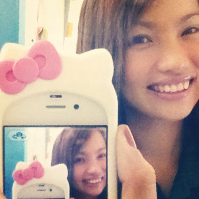 I so love my hello kitty case! follow me on instagram @kittynicole :) I remembered how much I'm addicted to hello kitty! lol!