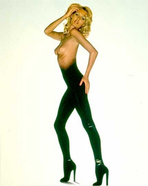 superseventies:  Photo for the 1973 Pirelli Calendar by Brian Duffy.