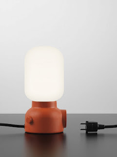simplypi:  the plug lamp By design studio Form Us with Love.