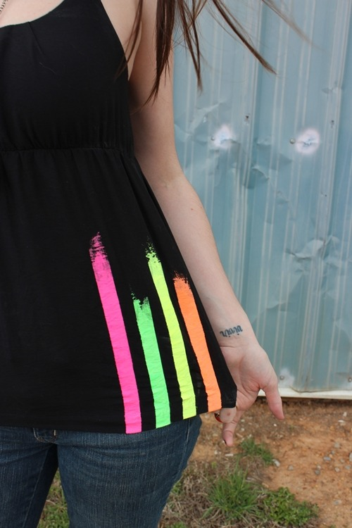 Diy neon striped shirt. Via- Shrimp Salad Circus