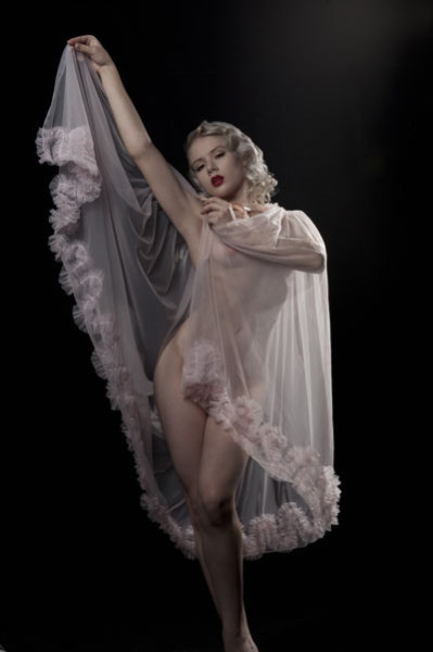dottiesdelights: Lingerie: Dottie's Delights Photographer: Todd Crawford Model: Mosh Hair styling: Stephanie Strowbridge pinuplifestyle:  MOSH via PinupLifestyle ♥