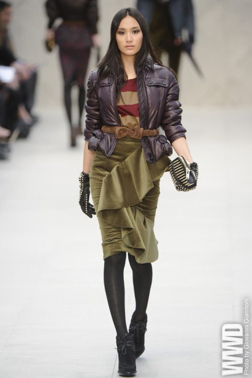 womensweardaily:  Fall 2012 Trend: Velvet Revolution Burberry Prorsum RTW Fall 2012