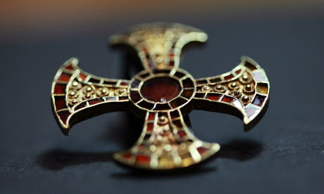 An Anglo-Saxon teenager buried—uncoffined, and with gold and garnet goodies—in her bed.