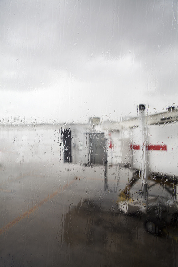 #photography #travel - I had an 8 hour rain delay at the Miami airport.  So why not make some pictures?  Nothing else to do.  However I did get some good Cuban/DR/Jamaican/PR food.  That's what I love about Miami, it's a total caribbean/latin cultural mash and the Miami airport is no different.  At least if I'm eating fast food its plantains, dirty rice, jerk chicken, and some Ting (grapefruit soda) to wash it all down.