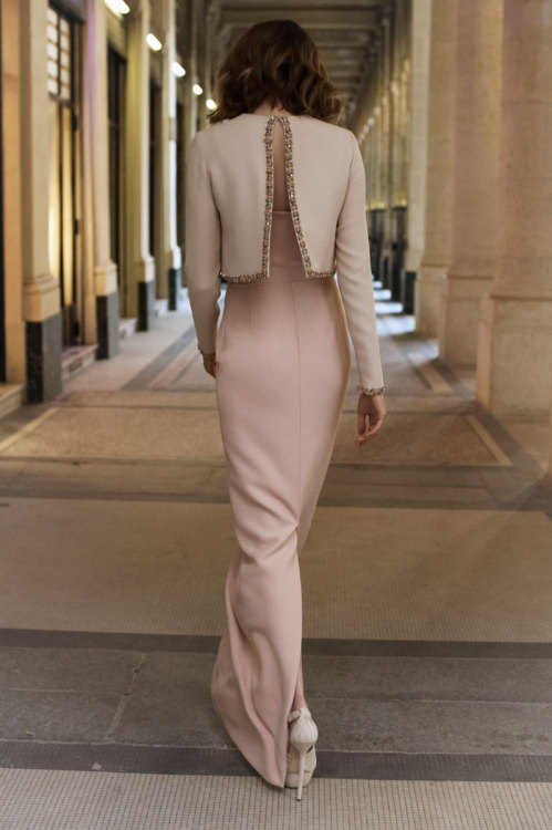 fashion-ocd:  Christian Dior Pre-fall 2012