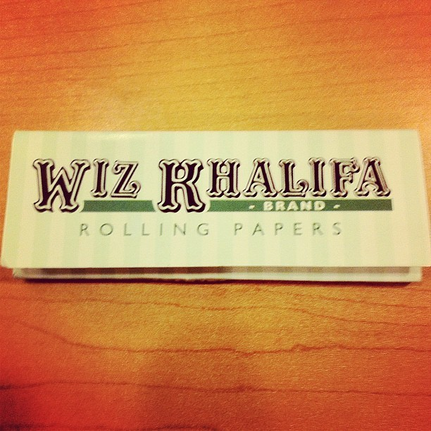 If only I coulda used these w/ #wiz #wizkhalifa #artist #musician #weed #smoking #joint #papers #letsblazehomie (Taken with instagram)