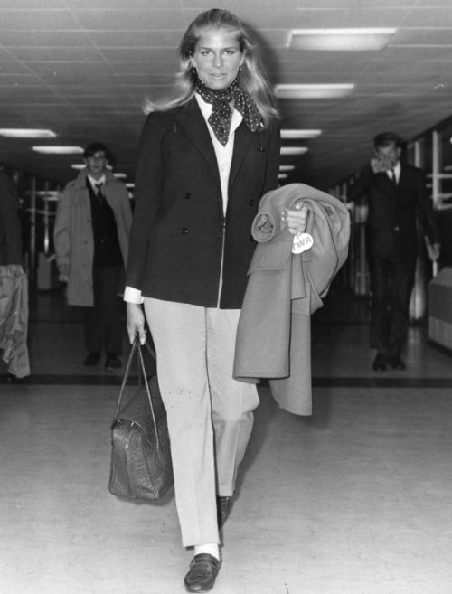 Candice Bergen Travels in Style
