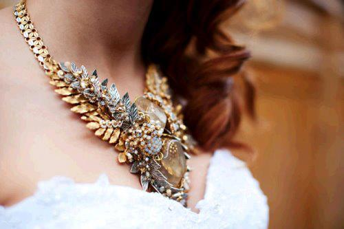 A beautiful statement necklace. #Fashion