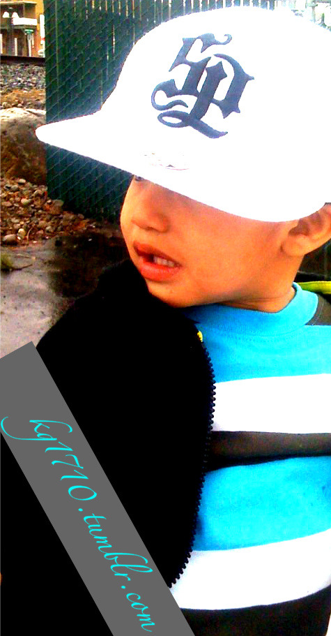 My son looks so cute in his hat =)