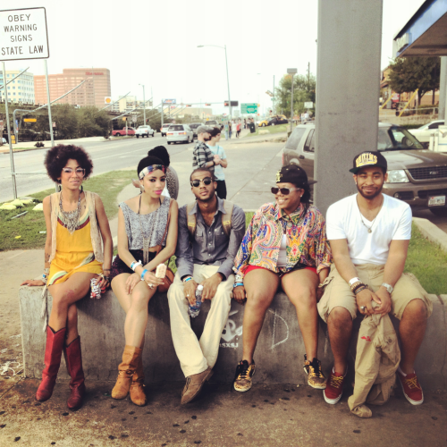 Brooklyn's Charly & Margaux chilling with friends in Austin before their show at La Zona Rosa
