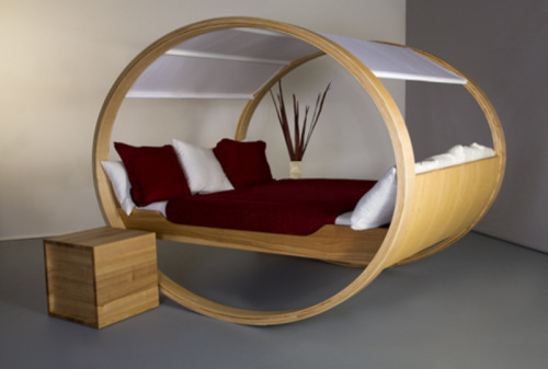 Modern Beds Design – Private Cloud Bed by Manuel Kloker   http://www.modresdes.com/2010/03/modern-beds-design-private-cloud-by-manuel-kloker/modern-bed-design/
