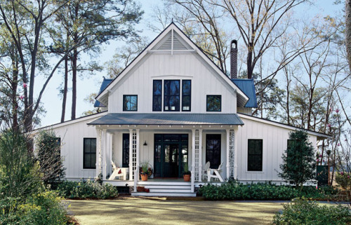 "georgianadesign:  ""White Plains"" casual cottage via Southern Living Custom Builder.   Id love this and then some.."