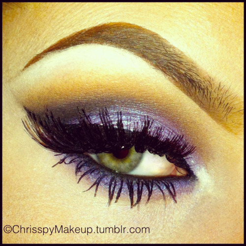 Purple lid by ChrisspyMakeup