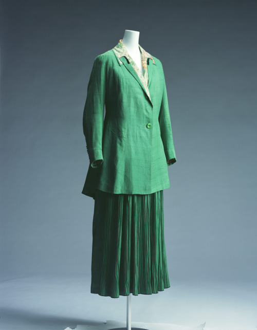 Suit Redfern, 1915 The Kyoto Costume Institute