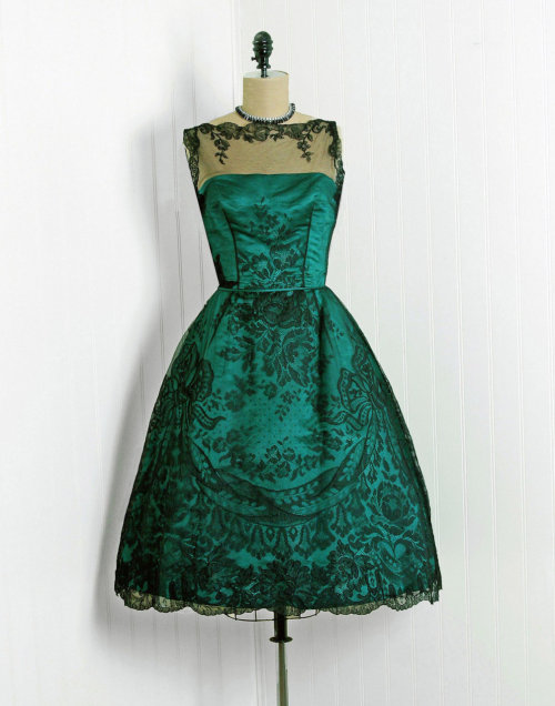 omgthatdress:  Dress Timeless Vixen Vintage 1950s