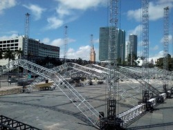 trance-roller:  MIAMI IS PREPARING FOR ASOT 550 INVASION   looks like Ultras ASOT 550 is also gonna be epic by the looks of it, i hope you guys enjoy Armin as much as we did out here in Southern CA XD :D wish i could be out there with you guys this year