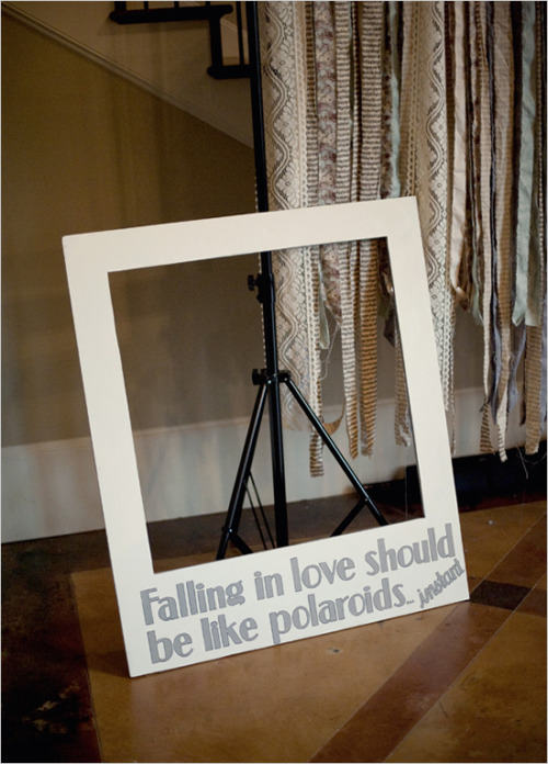 fuckyeahweddingideas:  Falling in love should be like polaroids…instant!