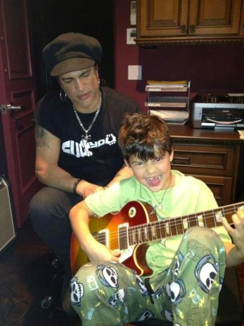 Slash and his cub