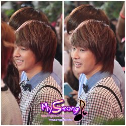 fyeahjeongseong:  120315 Chao doo woody credit MySeong HYUNSEONG IS STANDING BESIDE HIM!!!