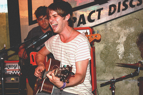 Foster The People Acoustic Show (por savana ogburn)