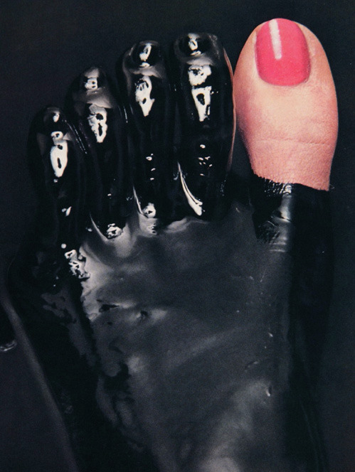 nevver:  Guy Bourdin