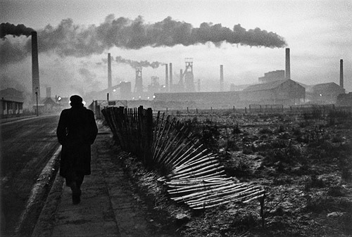 Don McCullin, Early morning, West Hartlepool, County Durham, 1963.