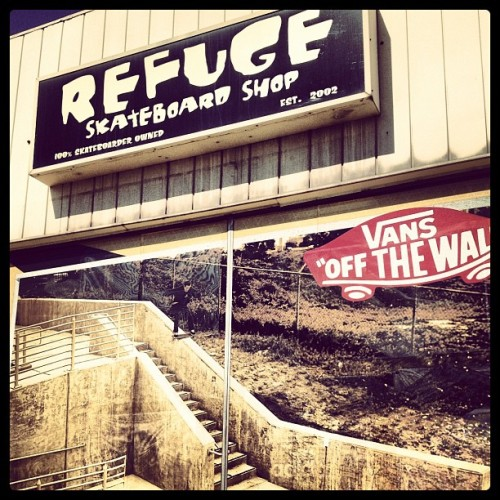 #refuge #skateboardshop #weouthere #skateboarding #skateboard #michigan #iphoneonly #burnerz #pk #shopfront (Taken with Instagram at Refuge Skateboard Shop)