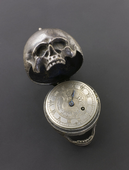 clintcatalyst:  Skull Pocket Watch : Inscribed with skull and cross bone Silver : Science Museum, London[ via Morbid Anatomy ]