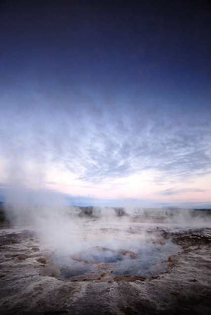 Strokkur by Michał Sacharewicz on Flickr.