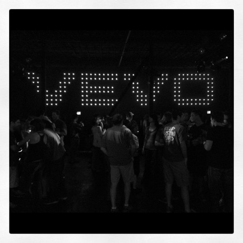 #lighting #theshins #vevo. #sxsw #music #austin #texas #nike (Taken with Instagram at VEVO / NikeFuel Station)