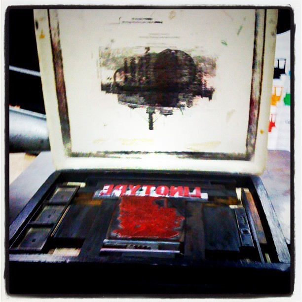 Printing my own Linotype poster.  (Taken with Instagram at The International Printing Museum)