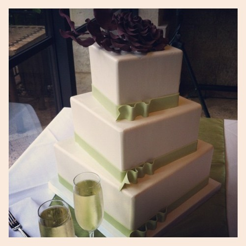 Wedding cake! (Taken with instagram)