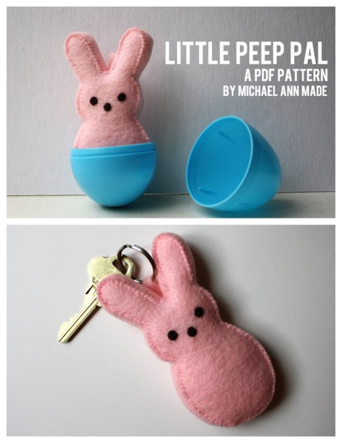 DIY Felt Peeps. So easy and inexpensive to make. I'd love a whole bunch in peep-like colors in a big Easter basket. Tutorial at Michael Ann Made Me here.  For more peeps projects go here: truebluemeandyou.tumblr.com/tagged/peeps and for more spring/Easter DIYs go here: truebluemeandyou.tumblr.com/tagged/easter