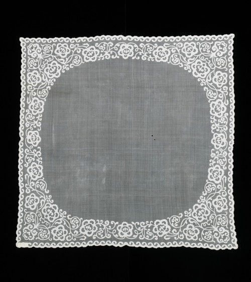 "omgthatdress:  Sombrado Lace Handkerchief The Metropolitan Museum of Art ""The cutwork appliqué work, known as sombrado technique, worked on this scarf is very specific to the Philippines. Giving the appearance of lace, it is very labor-intensive and highly detailed technique that involves stitching down the fragile cutwork onto the equally fragile pineapple cloth. Because of the degree of difficulty and time involved, it is used on high quality pineapple cloth accessories and garments."""