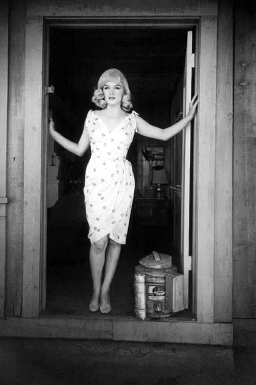 suicideblonde:  Marilyn Monroe in The Misfits in 1961